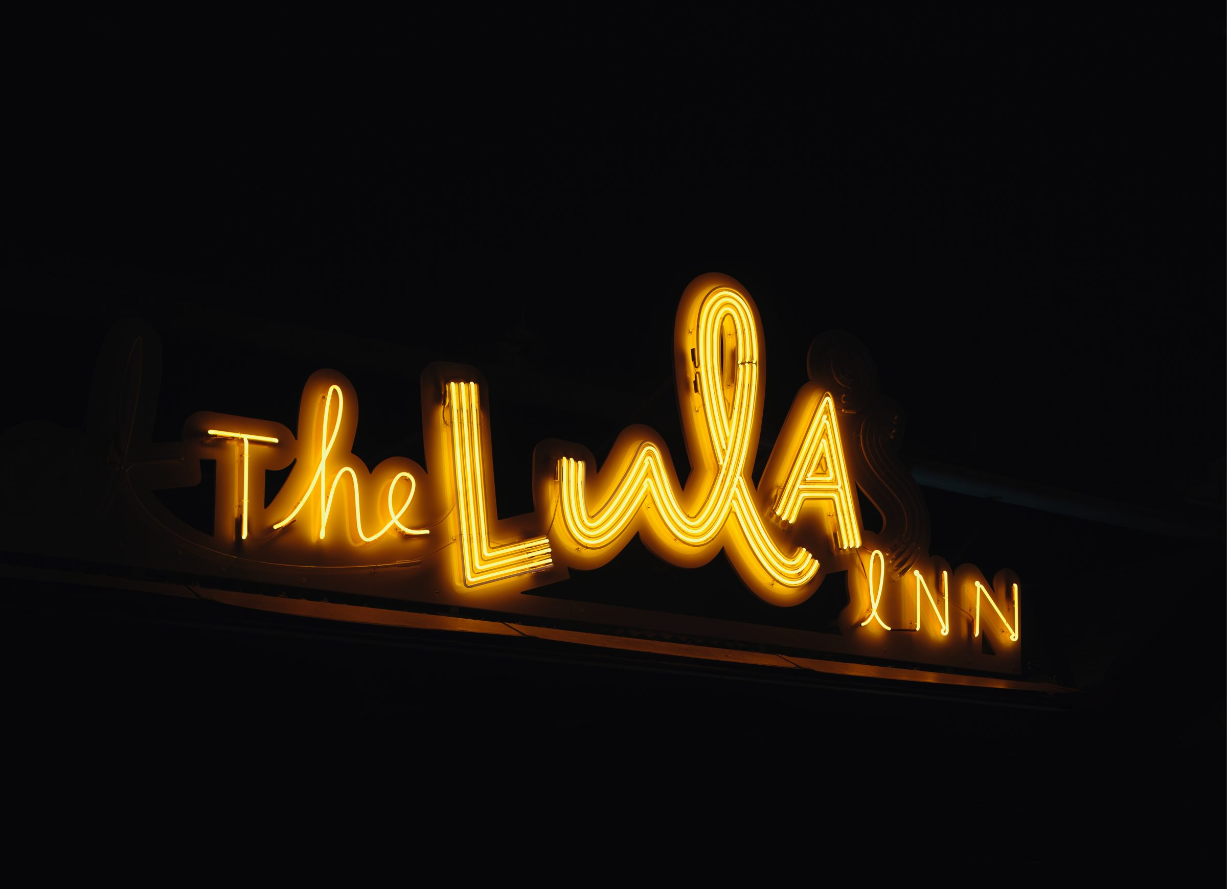 https://tanamitchell.com/wp-content/uploads/2019/01/Lula-Inn-2000x1450px-2400x1740.jpg